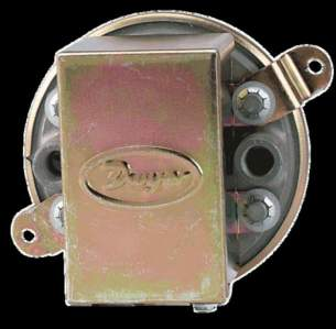 Dwyer Instruments Magnehelic Gauges -  Dwyer 1910 00 Difference Pressure Switch 0.07-0.15 Inch Wg