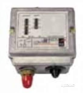 Johnson Pressure Switches -  Johnson P77 Series Pressure Switch P77aaa-9300